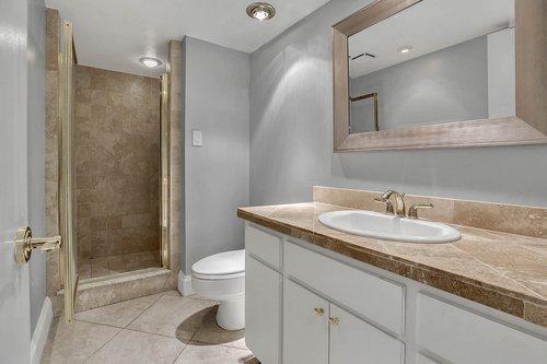 4141-Bayshore-Blvd.--1603-Tampa--FL-33611--17--Bathroom-2.jpg