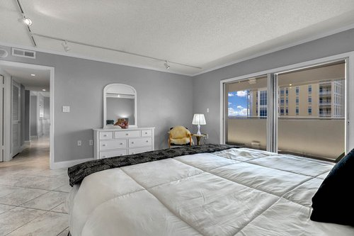 4141-Bayshore-Blvd.--1603-Tampa--FL-33611--20--Bedroom-2---2.jpg