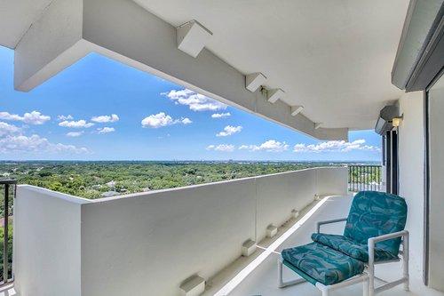4141-Bayshore-Blvd.--1603-Tampa--FL-33611--27--Balcony-1--2.jpg