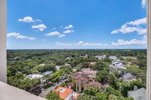 4141-Bayshore-Blvd.--1603-Tampa--FL-33611--30--Observation-Deck-1-View.jpg
