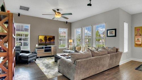 830-Easley-Ave--Winter-Garden--FL-34787----09---Family-Room.jpg