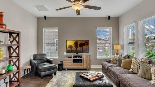 830-Easley-Ave--Winter-Garden--FL-34787----11---Family-Room.jpg