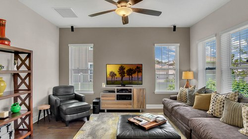 830-Easley-Ave--Winter-Garden--FL-34787----11---Family-Room.jpg