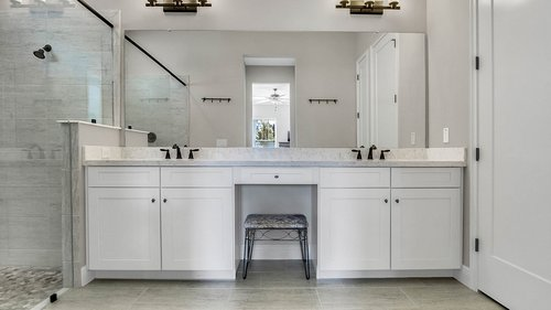 830-Easley-Ave--Winter-Garden--FL-34787----26---Master-Bathroom.jpg