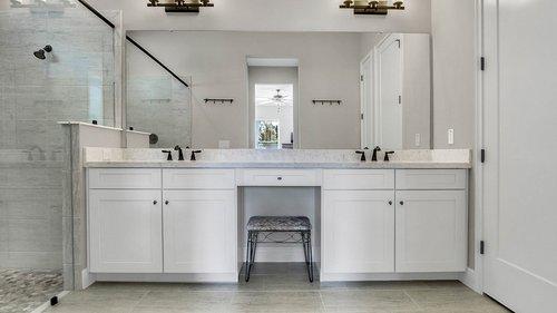 830-Easley-Ave--Winter-Garden--FL-34787----26---Master-Bathroom.jpg
