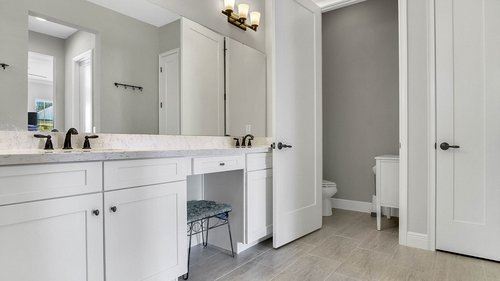 830-Easley-Ave--Winter-Garden--FL-34787----28---Master-Bathroom.jpg