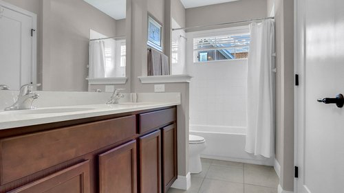 830-Easley-Ave--Winter-Garden--FL-34787----31---Bathroom.jpg