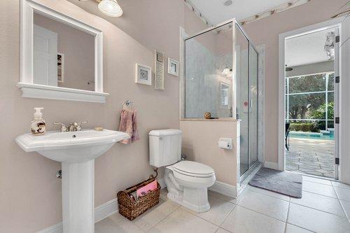 1585-Kennesaw-Dr--Clermont--FL-34711----25---Bathroom.jpg