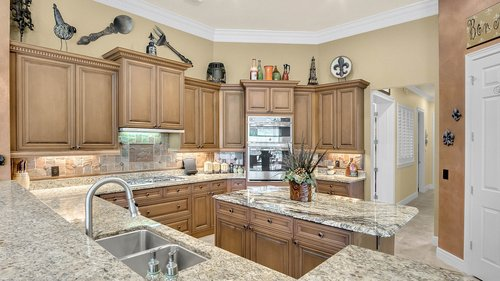 3358-Fernlake-Pl--Longwood--FL-32779----25---Kitchen.jpg