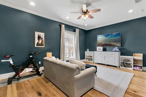 32045-Jack-Russell-Ct--Dade-City--FL-33525----01---Bonus-Room.jpg