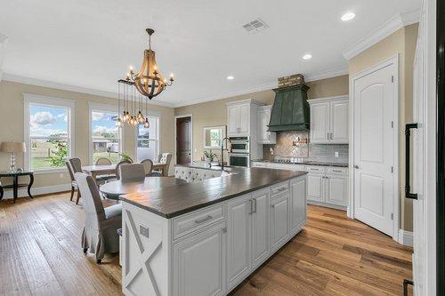 32045-Jack-Russell-Ct--Dade-City--FL-33525----07---Kitchen.jpg