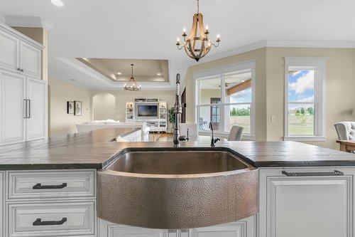 32045-Jack-Russell-Ct--Dade-City--FL-33525----08---Kitchen.jpg