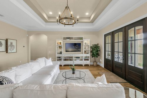 32045-Jack-Russell-Ct--Dade-City--FL-33525----11---Family-Room.jpg