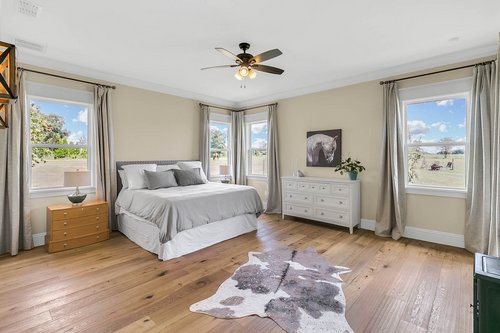 32045-Jack-Russell-Ct--Dade-City--FL-33525----14---Master-Bedroom.jpg