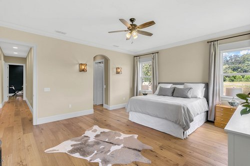 32045-Jack-Russell-Ct--Dade-City--FL-33525----15---Master-Bedroom.jpg