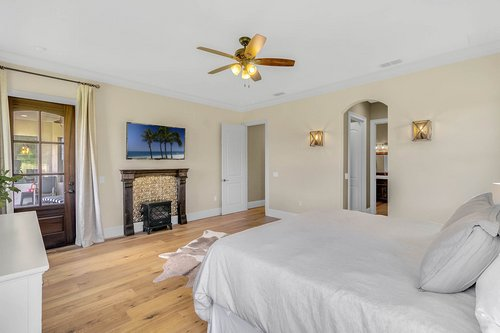 32045-Jack-Russell-Ct--Dade-City--FL-33525----16---Master-Bedroom.jpg