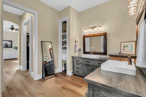 32045-Jack-Russell-Ct--Dade-City--FL-33525----20---Master-Bathroom.jpg