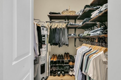 32045-Jack-Russell-Ct--Dade-City--FL-33525----21---Closet.jpg
