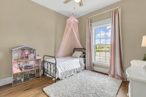 32045-Jack-Russell-Ct--Dade-City--FL-33525----23---Bedroom.jpg