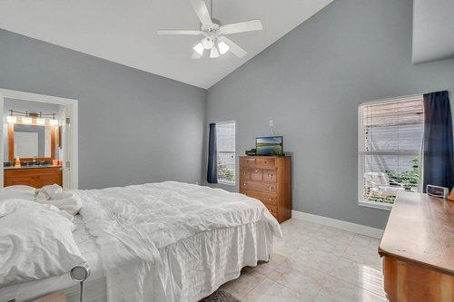 1820-Eagle-Crest-Dr--Port-Orange--Fl-32128----13---Master-Bedroom.jpg