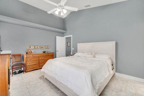 1820-Eagle-Crest-Dr--Port-Orange--Fl-32128----14---Master-Bedroom.jpg