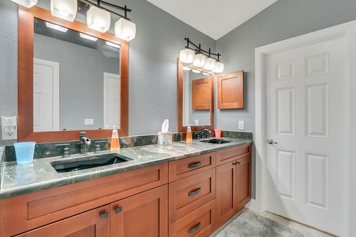1820-Eagle-Crest-Dr--Port-Orange--Fl-32128----16---Master-Bathroom.jpg