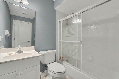 1820-Eagle-Crest-Dr--Port-Orange--Fl-32128----21---Bathroom.jpg