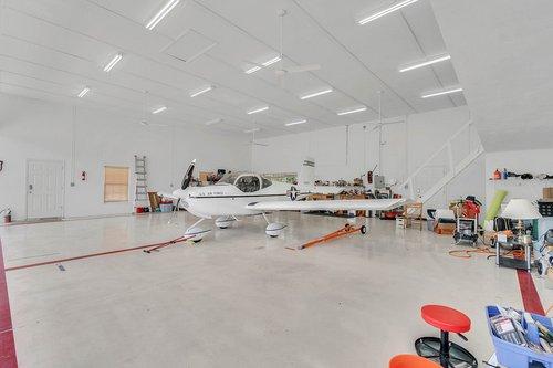 1820-Eagle-Crest-Dr--Port-Orange--Fl-32128----25---Hangar.jpg