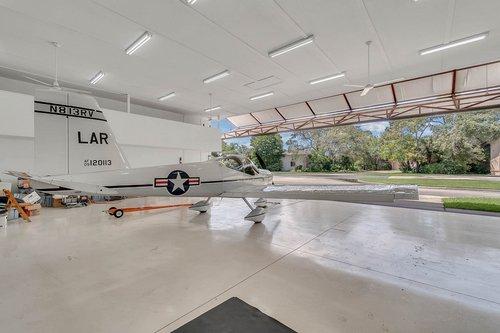 1820-Eagle-Crest-Dr--Port-Orange--Fl-32128----27---Hangar.jpg