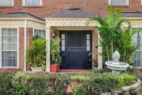 5107-Scarsdale-Manor-Ln--Orlando--FL-32818----03---Front-Edit.jpg