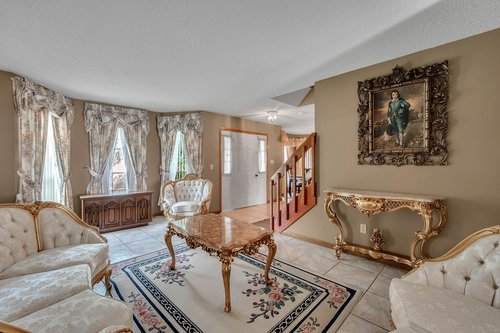 5107-Scarsdale-Manor-Ln--Orlando--FL-32818----07---Foyer.jpg