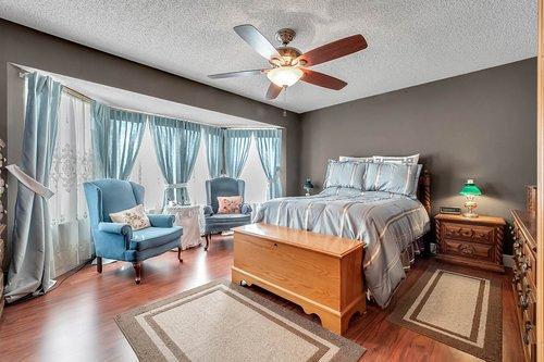 5107-Scarsdale-Manor-Ln--Orlando--FL-32818----18---Master-Bedroom.jpg