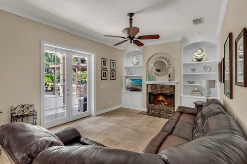 3620-Leota-Dr--Apopka--FL-32703----10---Family-Room.jpg