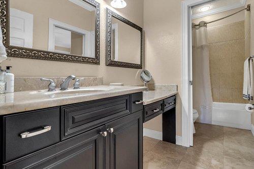 3620-Leota-Dr--Apopka--FL-32703----28---Bathroom.jpg