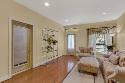 4612-North-20th-St.-Tampa--FL-33610--03--Living-Room-1--1.jpg