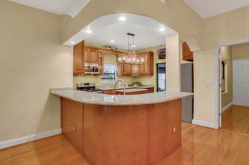 4612-North-20th-St.-Tampa--FL-33610--10--Kitchen-1--1.jpg