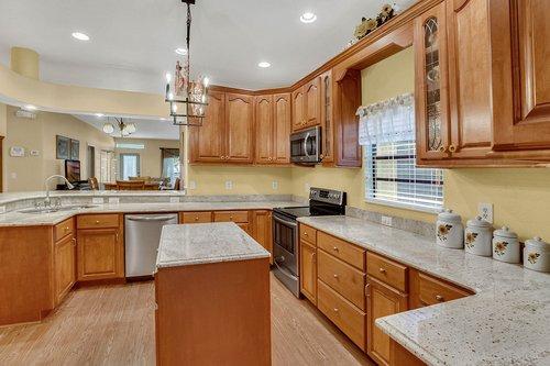 4612-North-20th-St.-Tampa--FL-33610--14--Kitchen-1---5.jpg