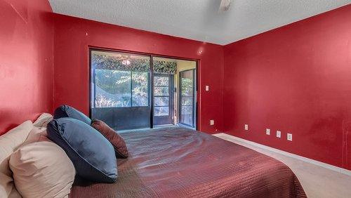 641-Woodridge-Dr--Fern-Park--FL-32730----15---Master-Bedroom.jpg