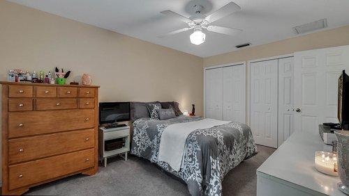 25826-Vero-St--Sorrento--FL-32776----15---Master-Bedroom.jpg