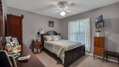 25826-Vero-St--Sorrento--FL-32776----18---Bedroom.jpg