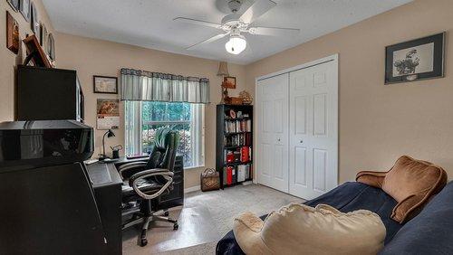 25826-Vero-St--Sorrento--FL-32776----19---Bedroom.jpg