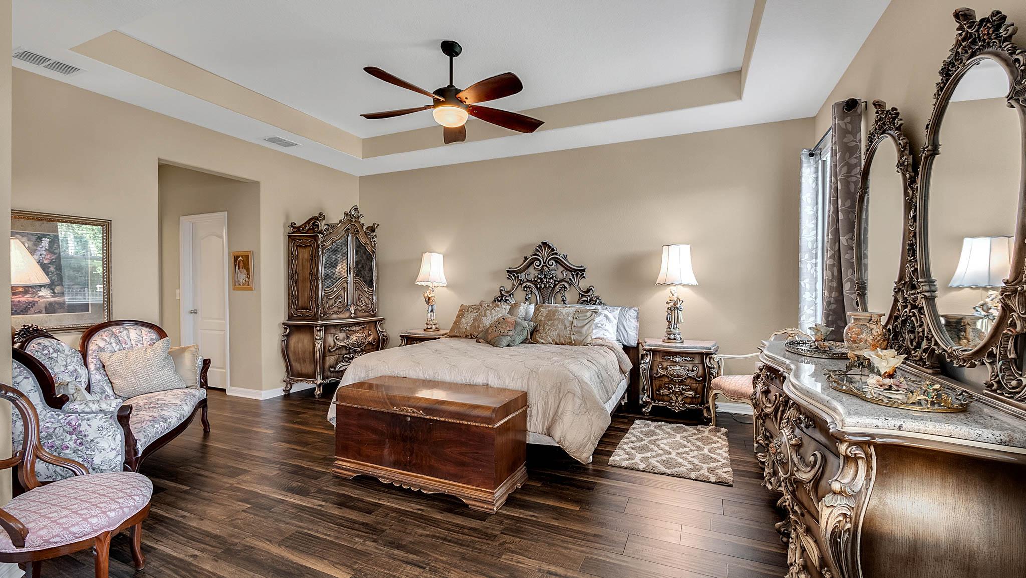 105-W-Cherry-Pl--DeLand--FL-32724----11---Master-Bedroom.jpg