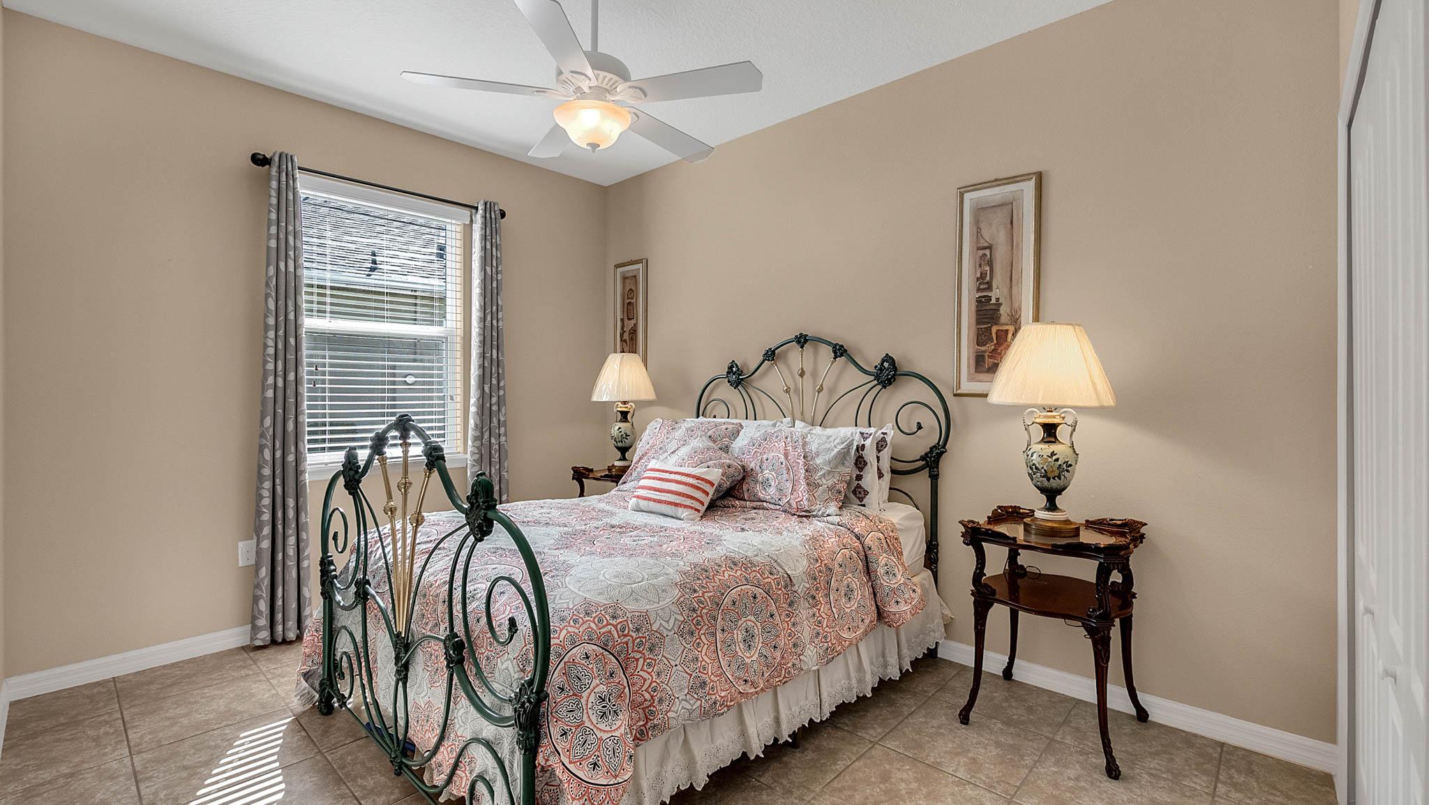 105-W-Cherry-Pl--DeLand--FL-32724----15---Bedroom.jpg