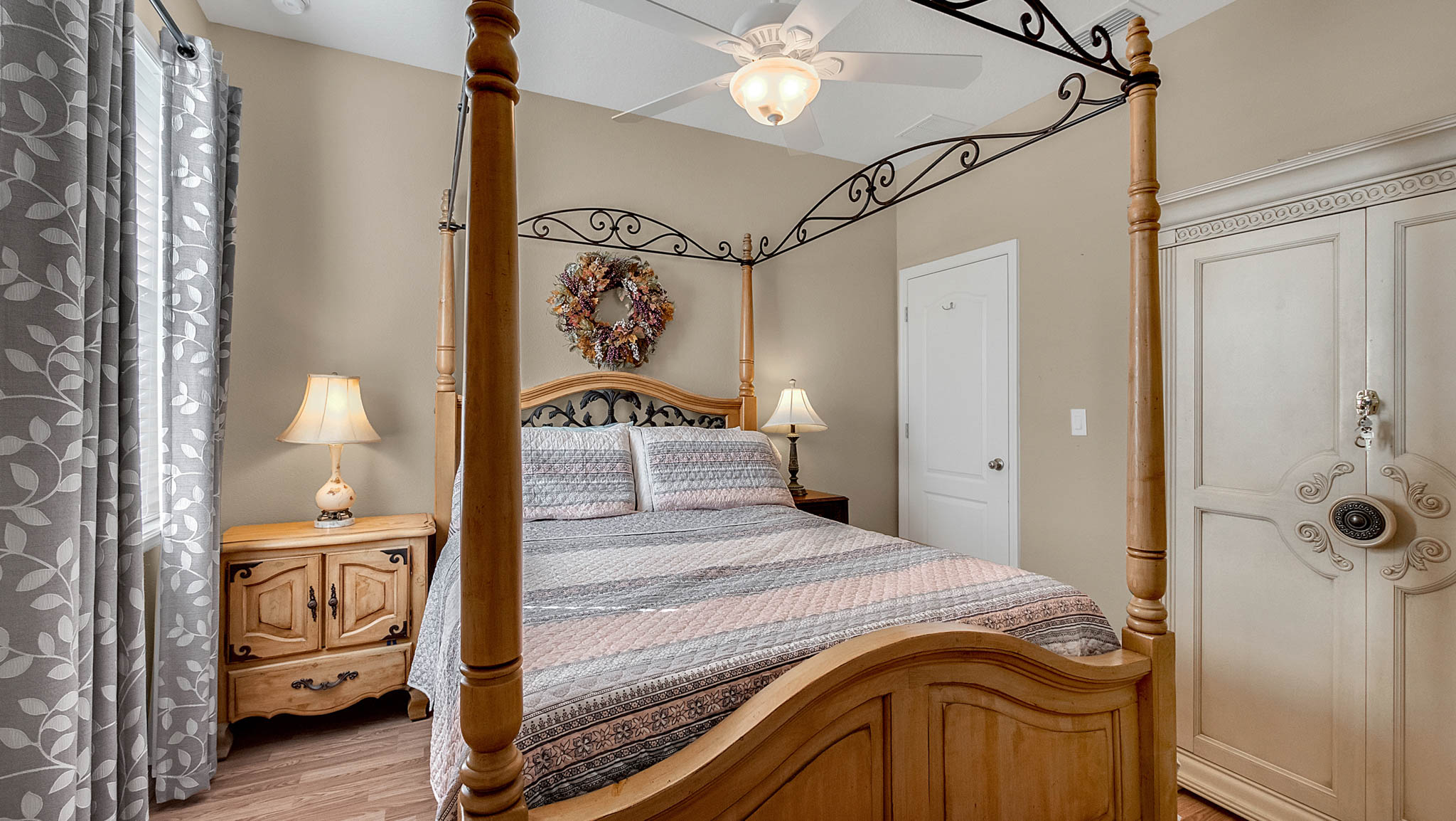 105-W-Cherry-Pl--DeLand--FL-32724----17---Bedroom.jpg