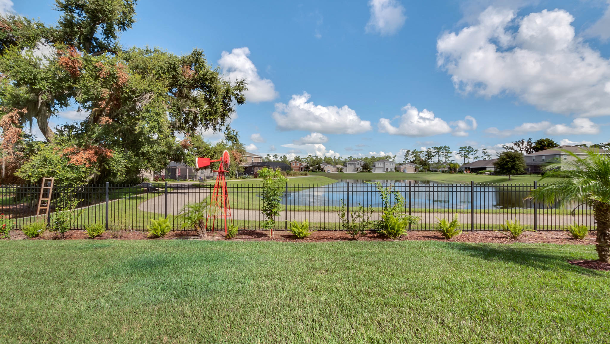 105-W-Cherry-Pl--DeLand--FL-32724----21---Backyard.jpg