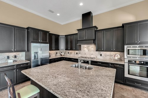 11755-Waterstone-Loop-Dr--Windermere--FL-34786----17---Kitchen.jpg