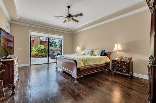 11755-Waterstone-Loop-Dr--Windermere--FL-34786----19---Master-Bedroom.jpg