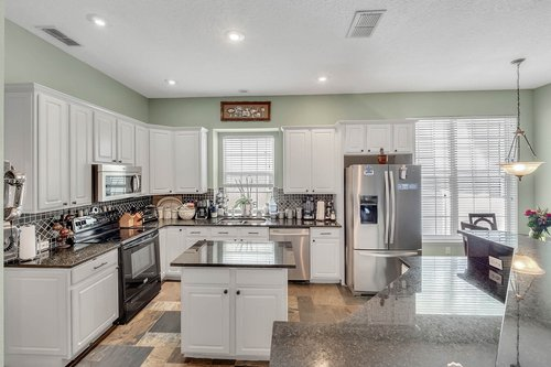 604-Canne-Pl--Celebration--FL-34747----08---Kitchen.jpg