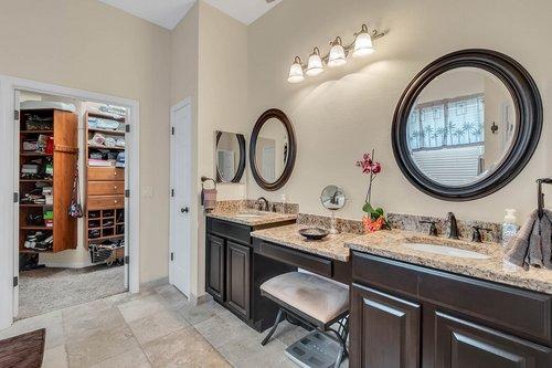 604-Canne-Pl--Celebration--FL-34747----15---Master-Bathroom.jpg