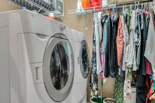 604-Canne-Pl--Celebration--FL-34747----23---Laundry.jpg